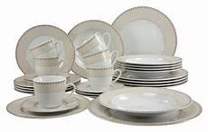 service 224 vaisselle complet design en image