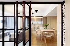 cloison vitrée cuisine cloison vitr 233 e atelier d 233 co en bois et gris et brique