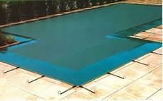 bache piscine ete hiver