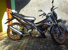 Modifikasi Fu Standar by Modifikasi Simple Suzuki Satria Fu 150 Gold