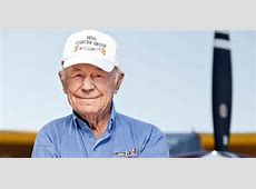 how tall was chuck yeager