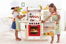 Cuisine Enfant En Bois Multifonction Hape Jouet D Imitation