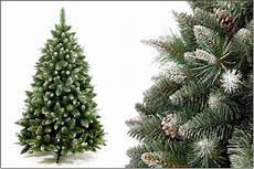 weihnachtsbaum kunststoff kiefer tannenbaum k 252 nstlicher weihnachtsbaum kunstbaum