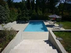 plage piscine contemporaine