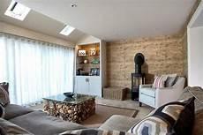 holz im wohnzimmer 70 wohnideen f 252 rs wohnzimmer aus architektenh 228 usern
