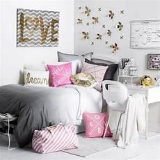 décoration murale chambre fille chambre ado fille en 65 id 233 es de d 233 coration en couleurs