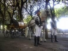 masseria in carrozza itinerari turistici in carrozza servizi hotel 4 stelle
