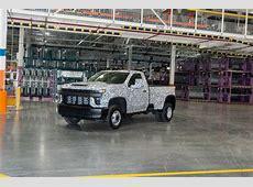 2020 Chevrolet Silverado HD debuts: A heavy lugger among
