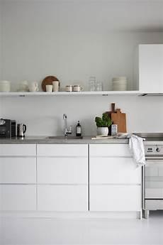 mensole in cucina foto niente pensili mensole in cucina tutto quello c 232 da