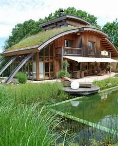 Autarkes Haus Selber Bauen - haus mit gr 252 ndach cool design haus autarkes haus und