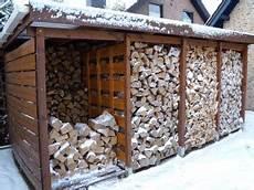 weidenkorb für kaminholz bitumenwellpappe f 195 188 r einen brennholzunterstand 5 gr 195 188 nde