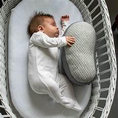 somnox robotic pillow that helps you sleeping better espacio robot digital magazine