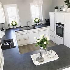 instagram wohn emotion landhaus k 252 che kitchen modern grau