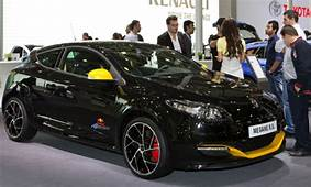New Symbol And Fluence Stars Of The 2012 Istanbul Motor