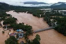 Detik Detik Rumah Di Konawe Hanyut Terseret Banjir