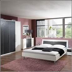 schlafzimmer komplett guenstig schlafzimmer komplett wei 223 g 252 nstig download page beste