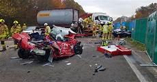Verkehrsunfall T 246 Dlicher Unfall Bei Ratingen