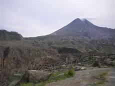 Gambar Sisa Sisa Gunung Merapi Setelah Meletus