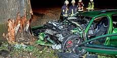 Tödlicher Unfall - t 246 dlicher unfall 40 j 228 hriger kommt bei pirna der