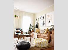 Inspiring bohemian style living room decor ideas 49