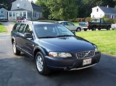 how can i learn about cars 2004 volvo s40 security system 2004 volvo xc70 photos informations articles bestcarmag com