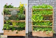 potager vertical balcon potager vertical en douglas 60 x 80 cm garden city