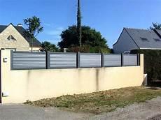 barriere pvc en kit barrieres pvc pour a lames en cloture pvc leroy