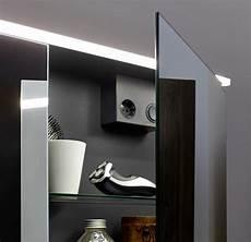 Spiegelschrank Mit Led - burgbad eqio spiegelschrank mit led beleuchtung farbe