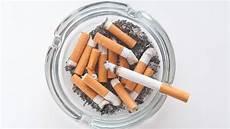 Rauchgeruch Aus Der Wohnung Entfernen So Geht S Brigitte De