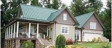 34 the best green roof houses colors ideas green roof house metal roof houses house roof