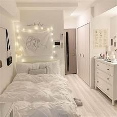 Ide Inspirasi Desain Kamar Tidur Romantis Bergaya