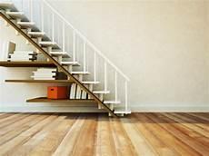 etagere sous escalier 14 biblioth 232 ques am 233 nag 233 es sous l escalier consobrico