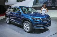 2017 skoda kodiaq makes debut in autocar