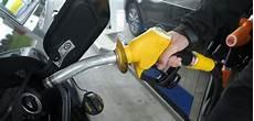 les taxes sur le diesel grimperont de 10 en 2018 pour s