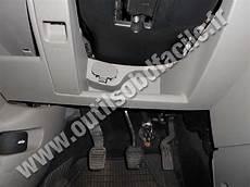 on board diagnostic system 2009 mazda mx 5 spare parts catalogs obd2 connector location in mazda mazda 2 2002 2007 outils obd facile