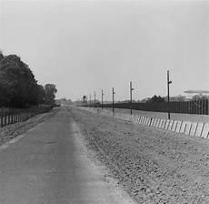 50 Jahre Mauerbau Ulbrichts Befehl Und Honeckers Beitrag