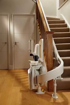 combien coute un monte escalier installation de monte escalier courb 233 dans toute la