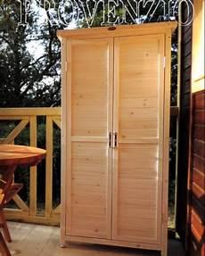 costruire un armadietto armadio in legno per esterno l armadio fuori