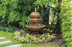 Steinbrunnen Selber Bauen - landscape around water backyard design ideas