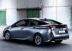 Prius In - 2017 toyota prius in hybrid review price specs range