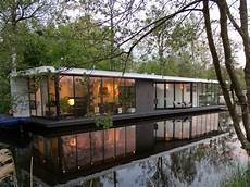 A Stunning Contemporary Designed Houseboat Giethoorn