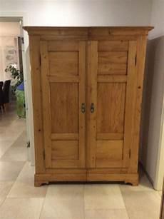 100 Jahre Alter Holz Schrank Restauriert 187 Informationen