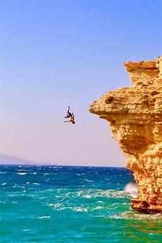cliff diving pictures download free images unsplash