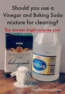 Bathroom Cleaner With Baking Soda And Vinegar by Is A Vinegar And Baking Soda Mixture Effective For Cleaning