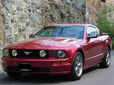 file 2005 ford mustang gt coupe in redfire with bullitt