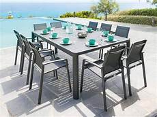 table de jardin moderne table de jardin extensible hesperide seville 6 224 10 places
