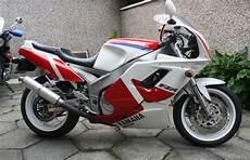 1991 Yamaha Fzr 1000 Moto Zombdrive