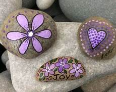 Pin Drosi Auf Steine Steine Bemalen Steine Und Malerei
