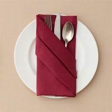 bestecktasche falten anleitung servietten falten und eine kreative tischdeko zu ostern