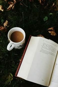 book coffee iphone wallpaper 10 lindas imagens de fundo sobre livros para celular